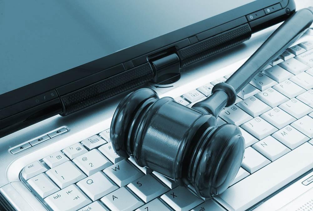 KOBİ'ler E-Ticarete Yöneldi, Siber Tehlike Kapıda!